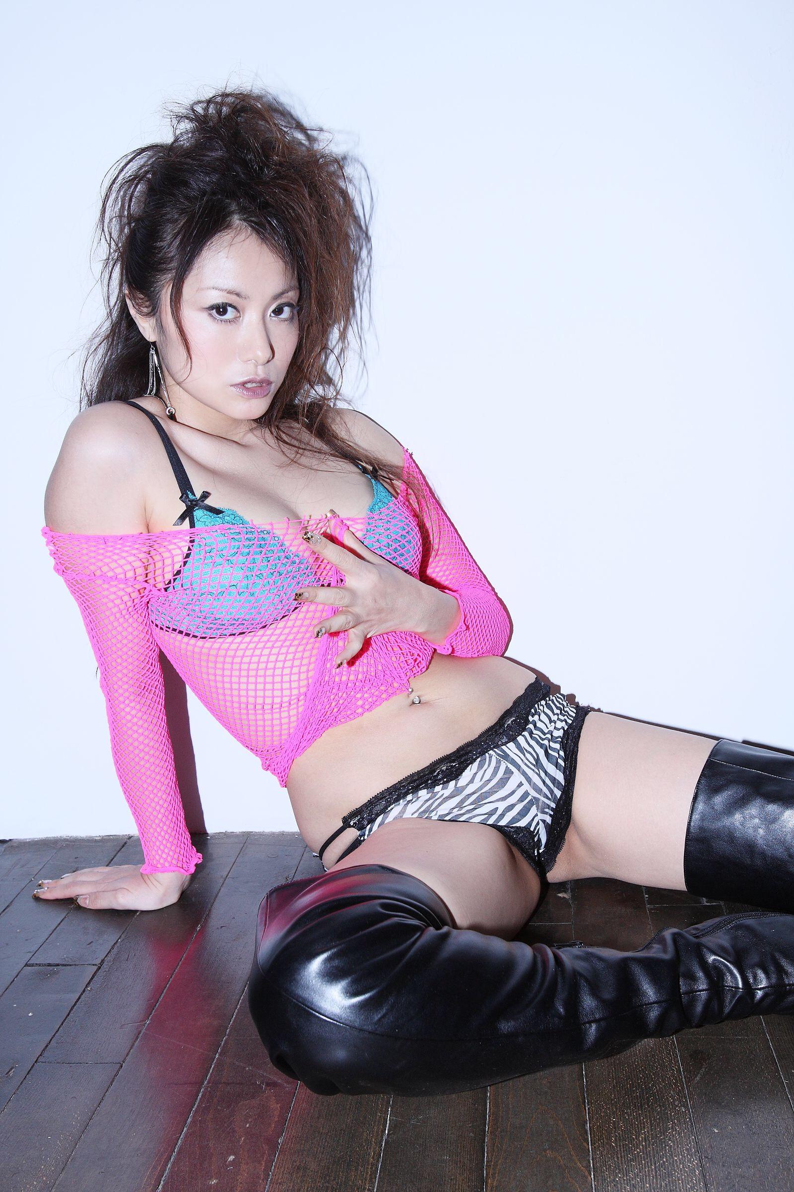 たかはし智秋 グラビアエロ画像-No.5-(27pics)