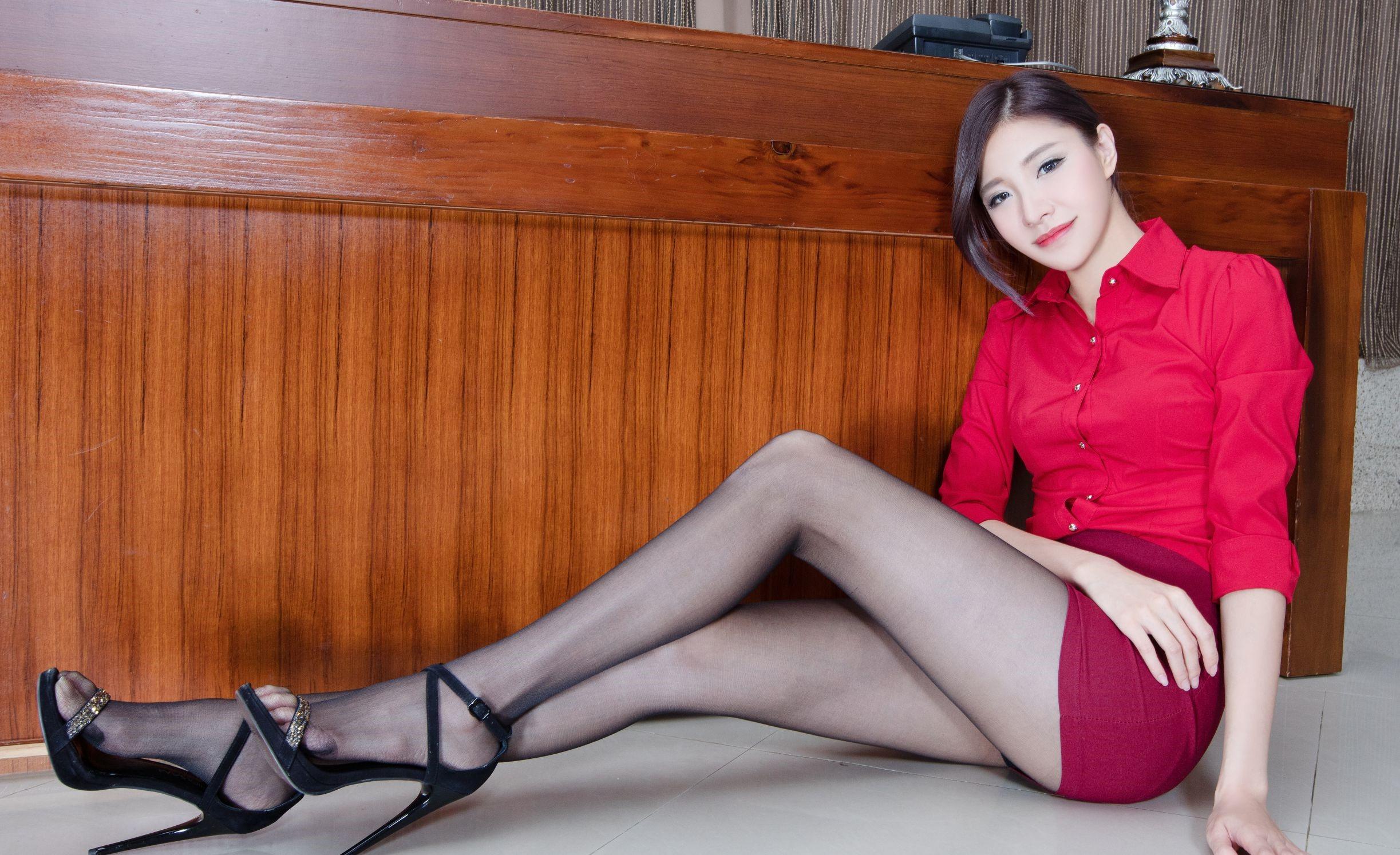 台湾モデルAbbyのパンスト足 22