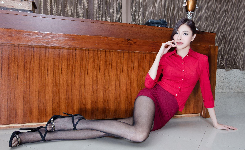 台湾モデルAbbyのパンスト足 24