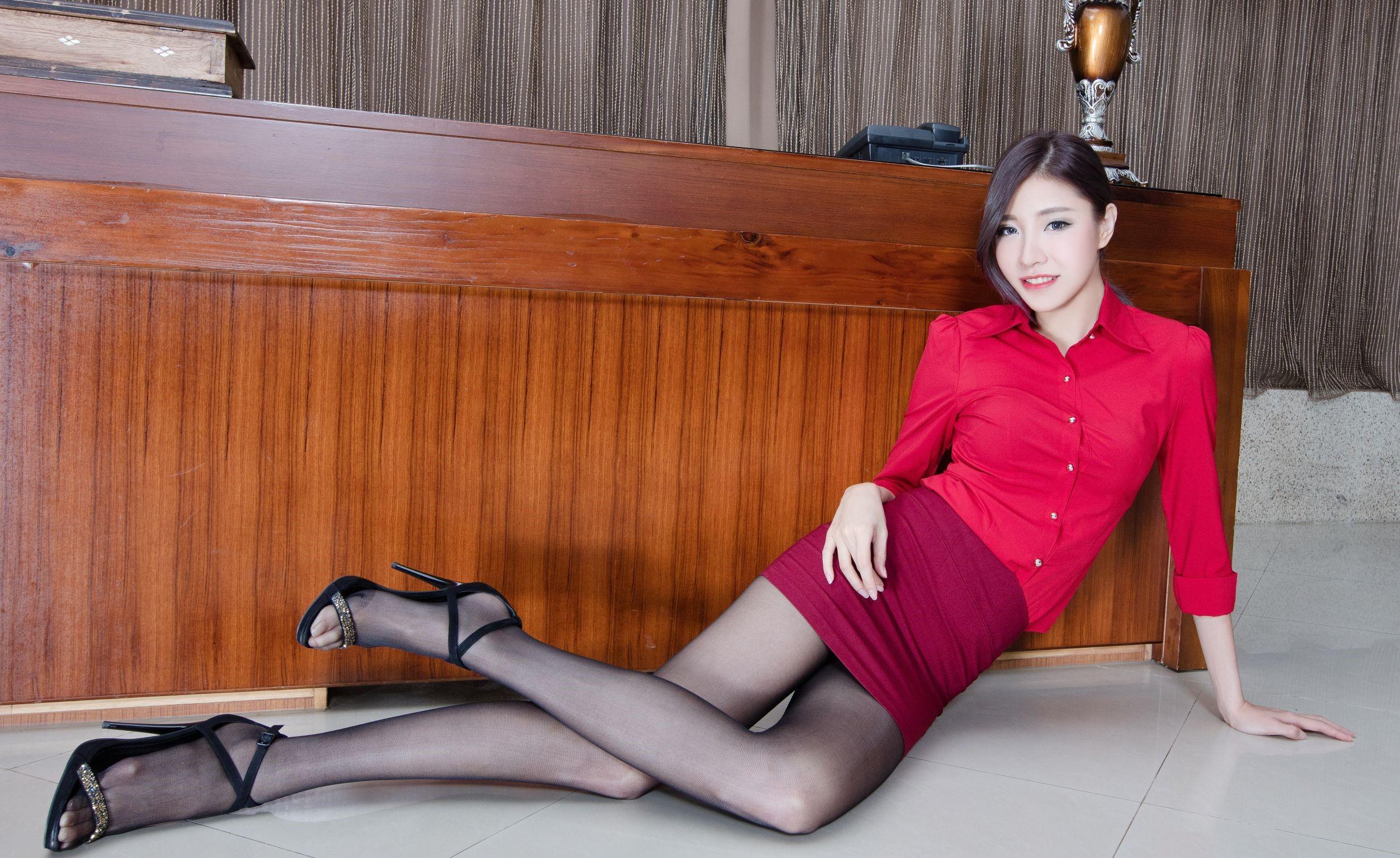 台湾モデルAbbyのパンスト足 25