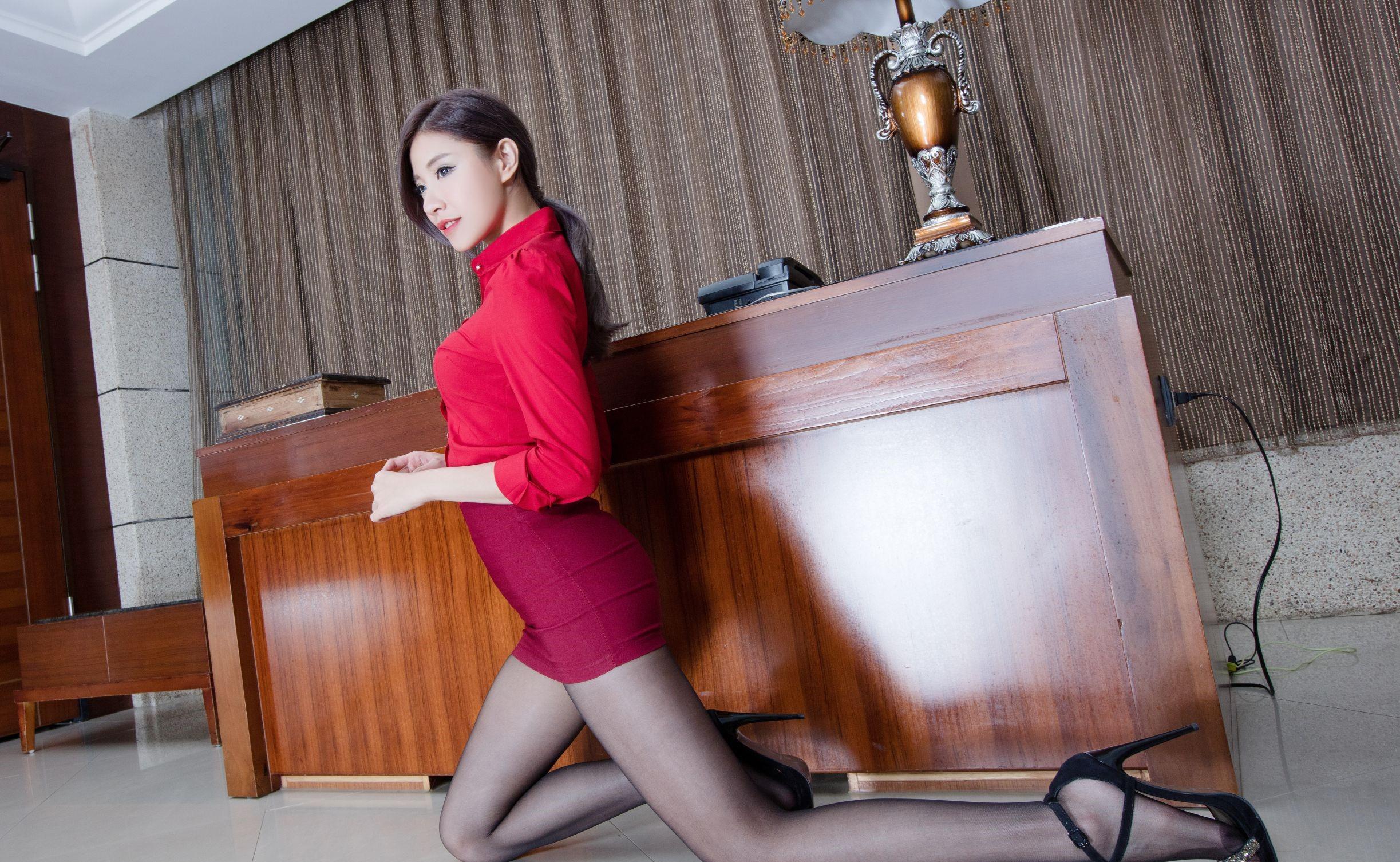 台湾モデルAbbyのパンスト足 26