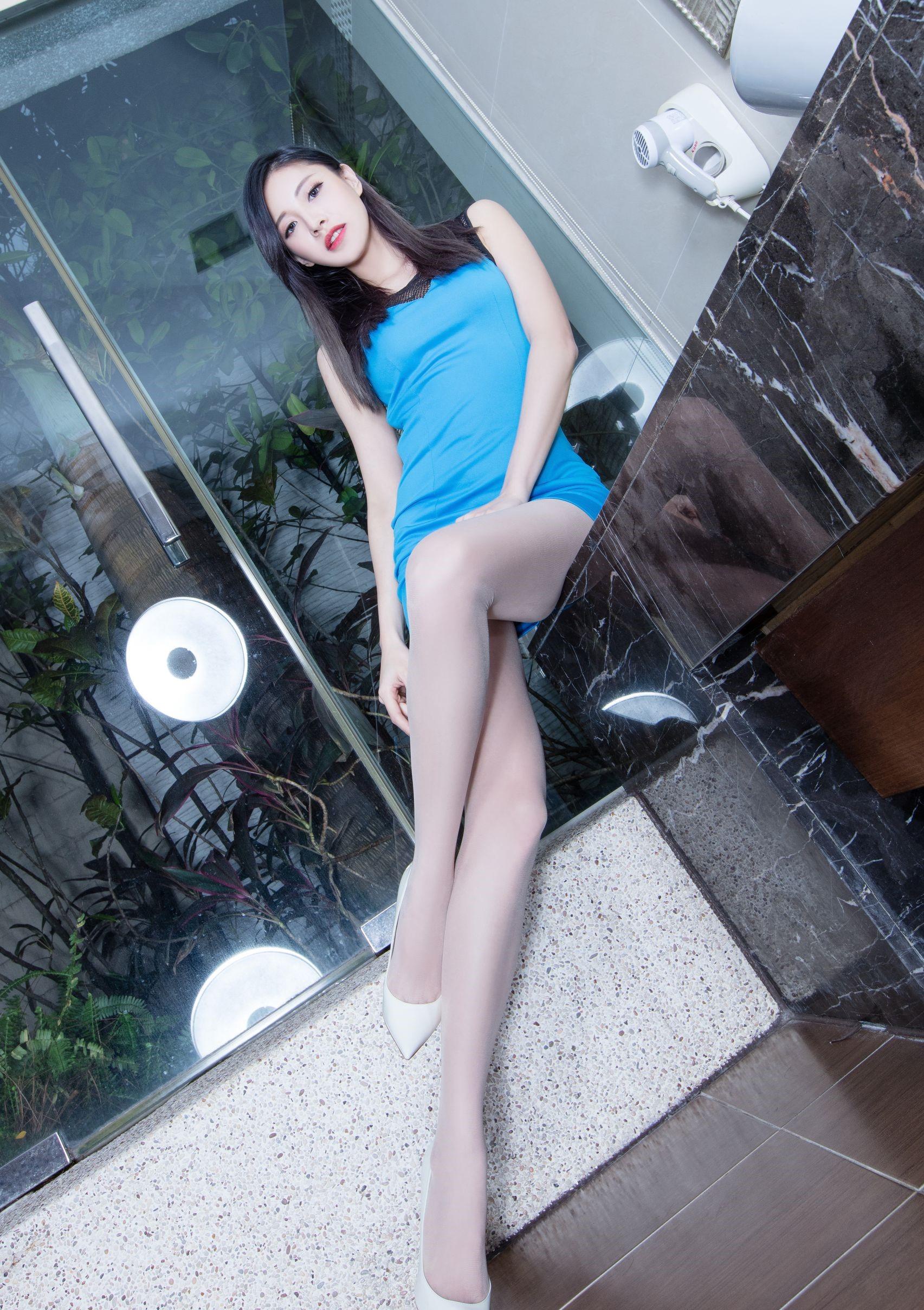 台湾の美脚モデルAbby 10
