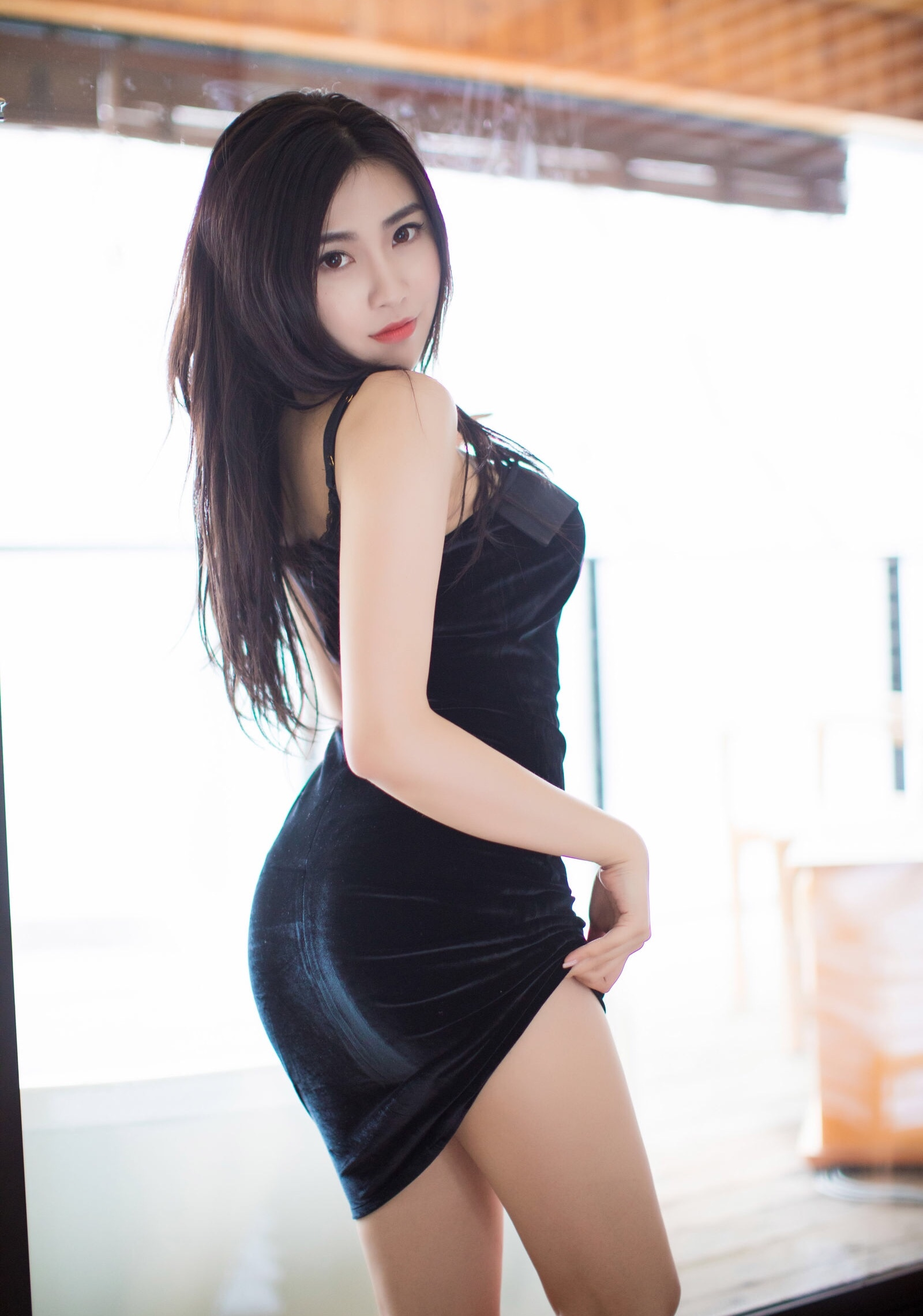 Xu Nuoのセクシーワンピ 6