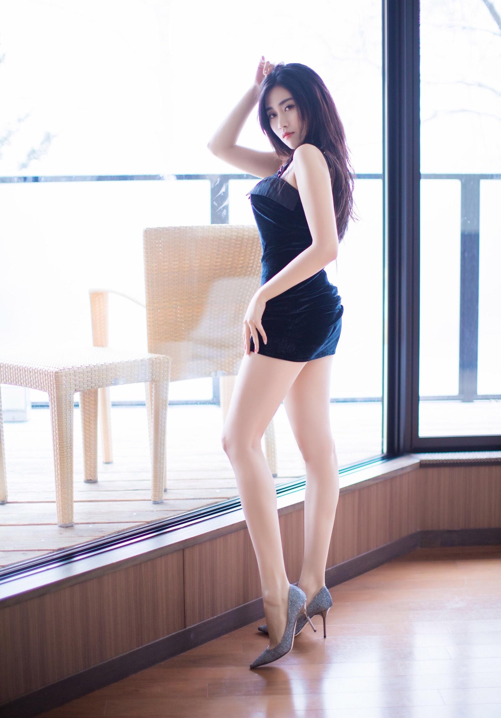 Xu Nuoのセクシーワンピ 14