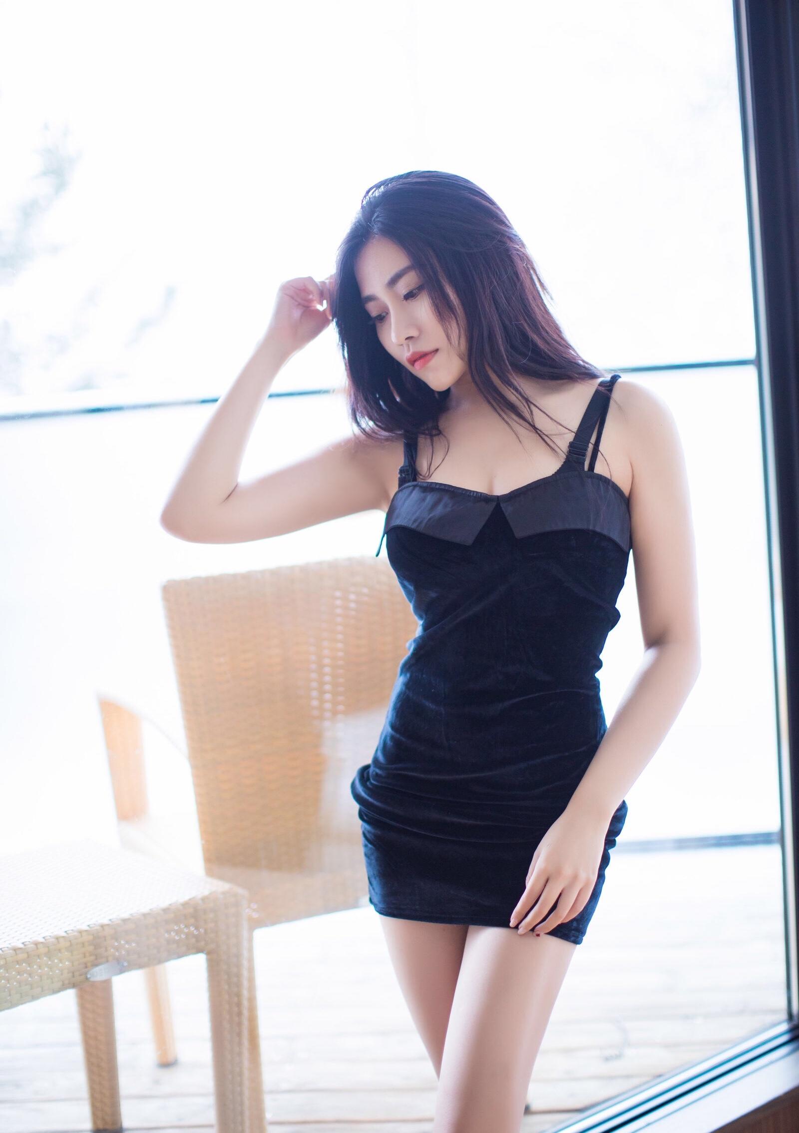 Xu Nuoのセクシーワンピ 15