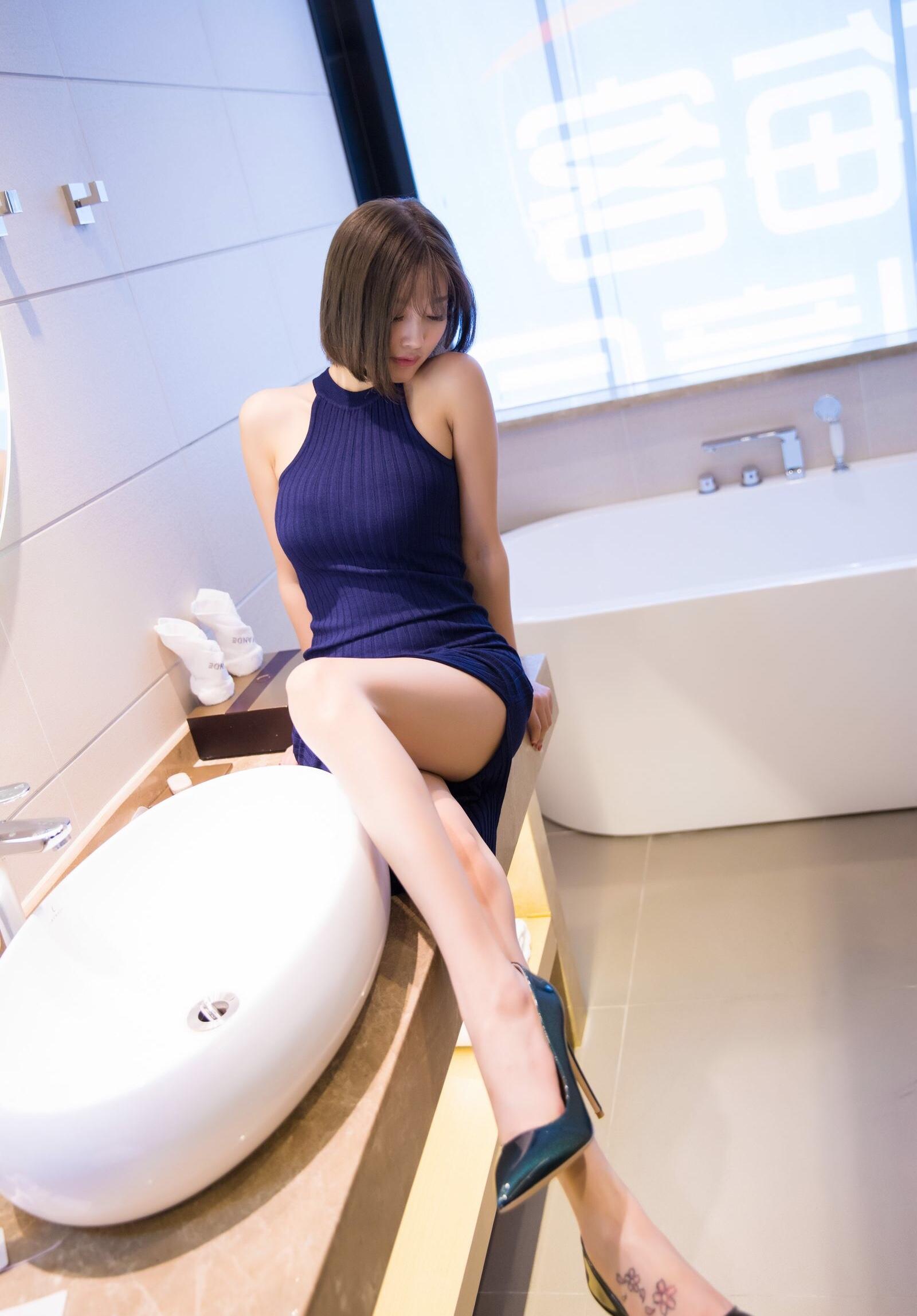 青いワンピースがセクシーなsugar杨晨晨 17