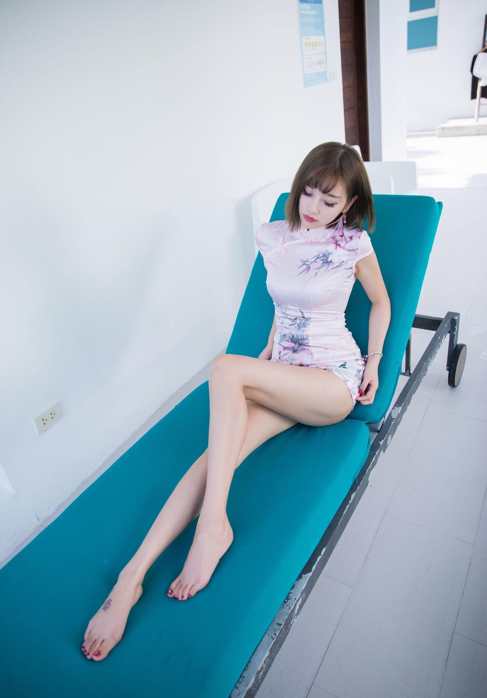 台湾美女sugarの色気のあるチャイナドレス姿 5