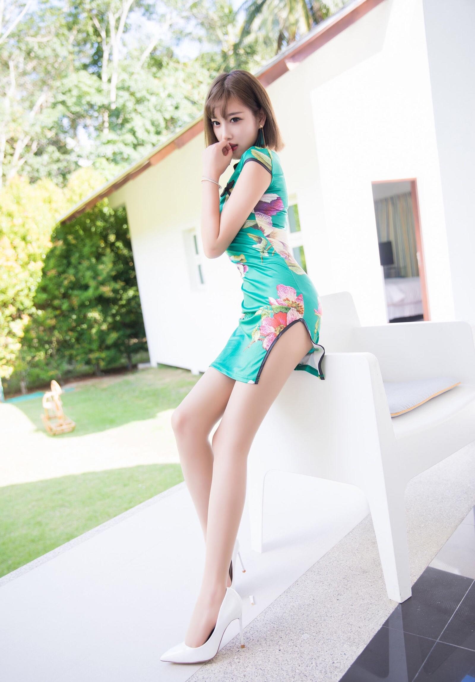 台湾美女sugarのセクシーチャイナドレス