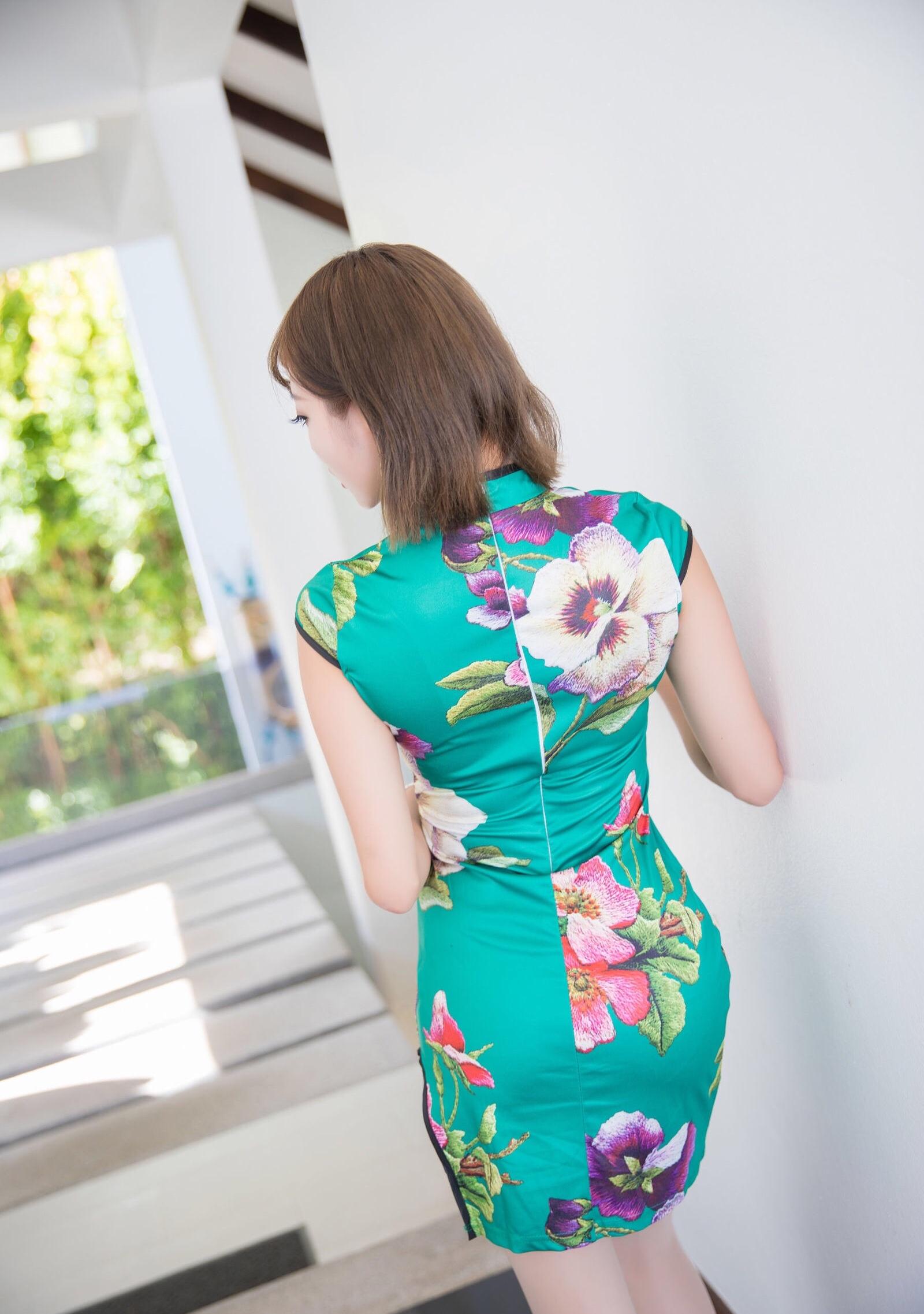 台湾美女sugarのセクシーチャイナドレス 5