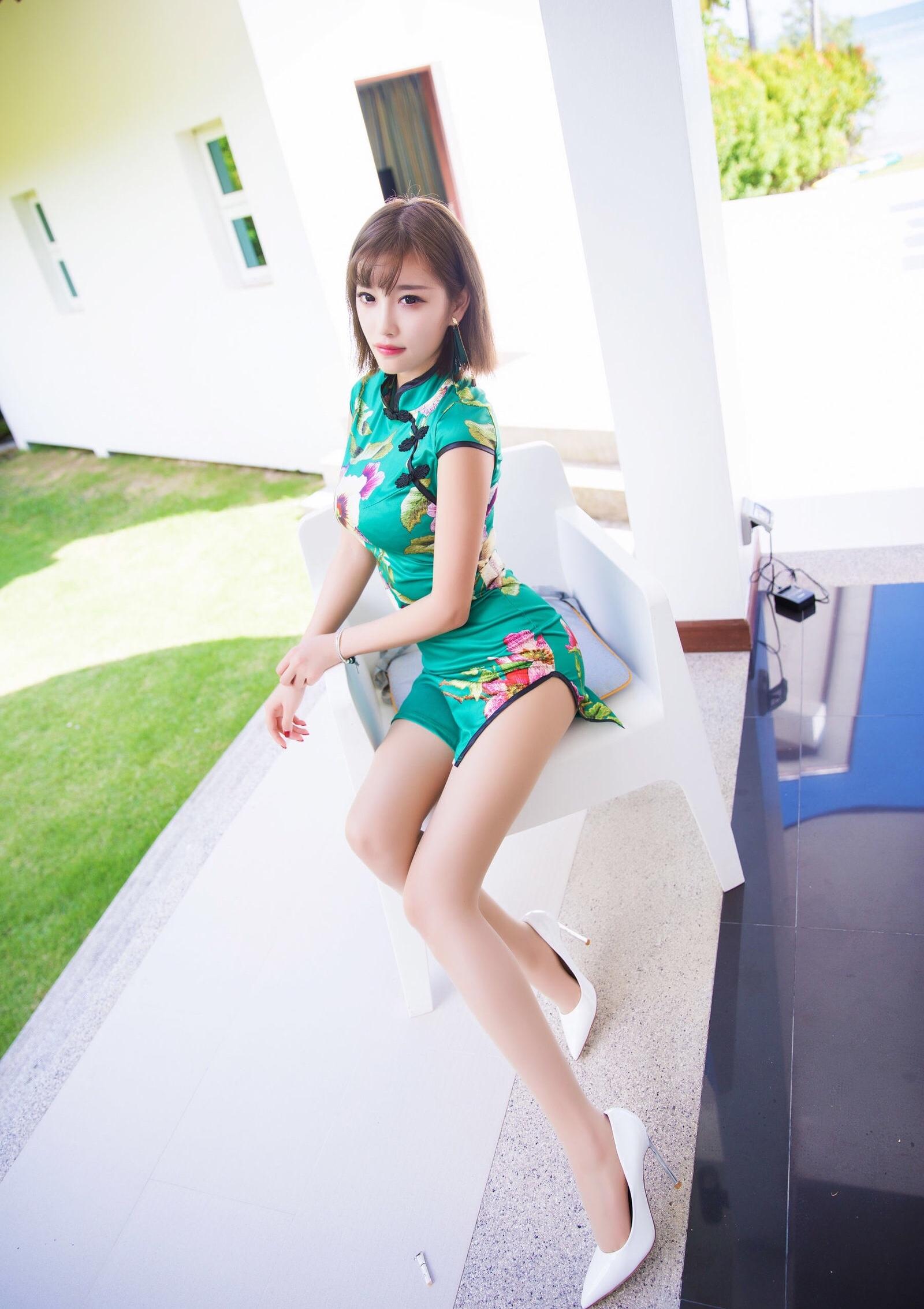 台湾美女sugarのセクシーチャイナドレス 11