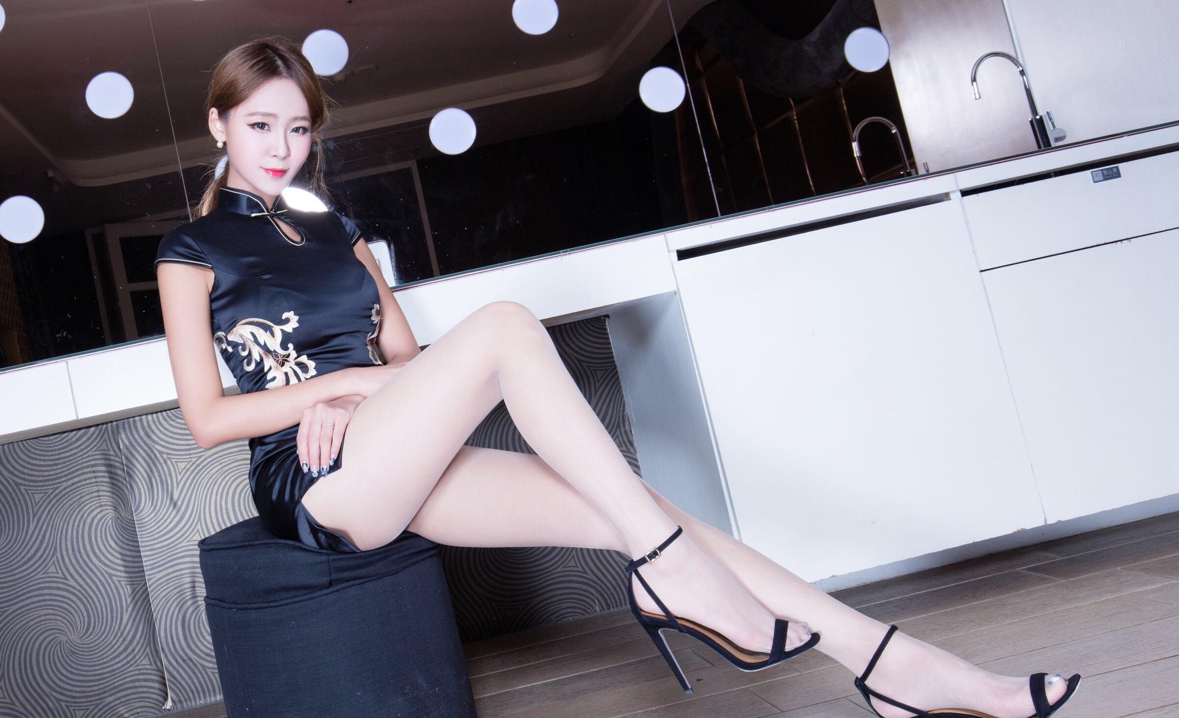 中国旗袍女神Winnie 13