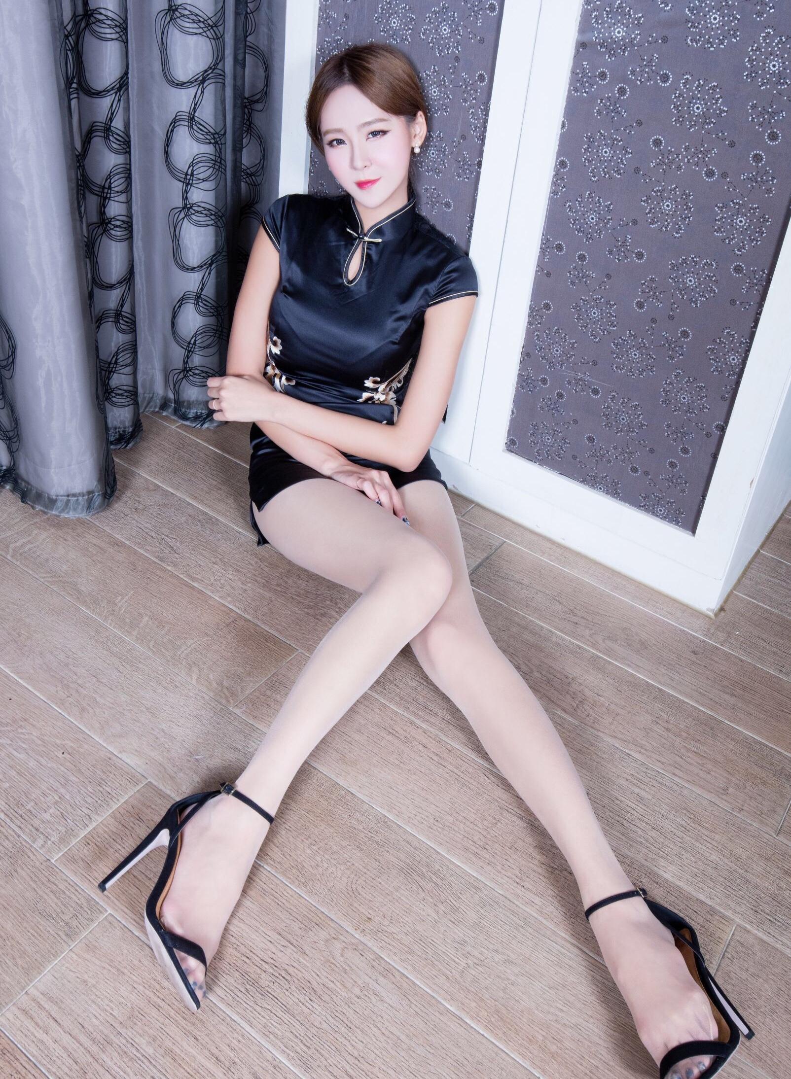 中国旗袍女神Winnie 19