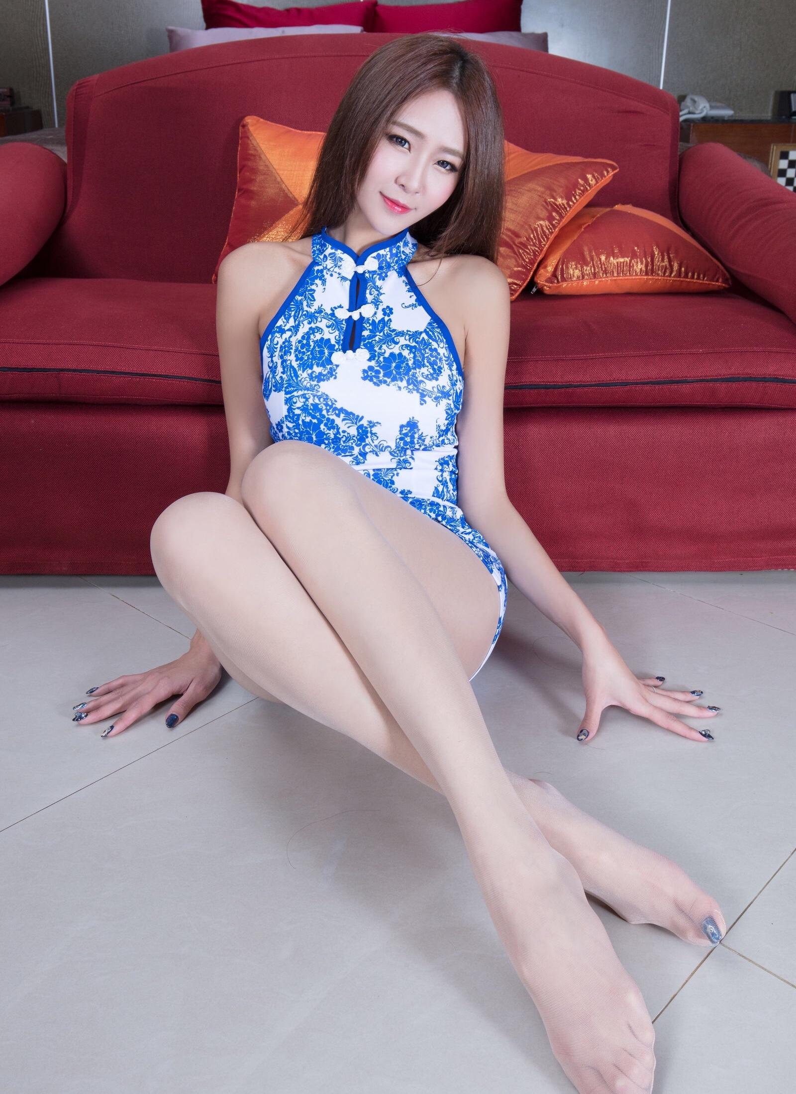 beautyleg winnie(青花瓷旗袍诱惑) 21
