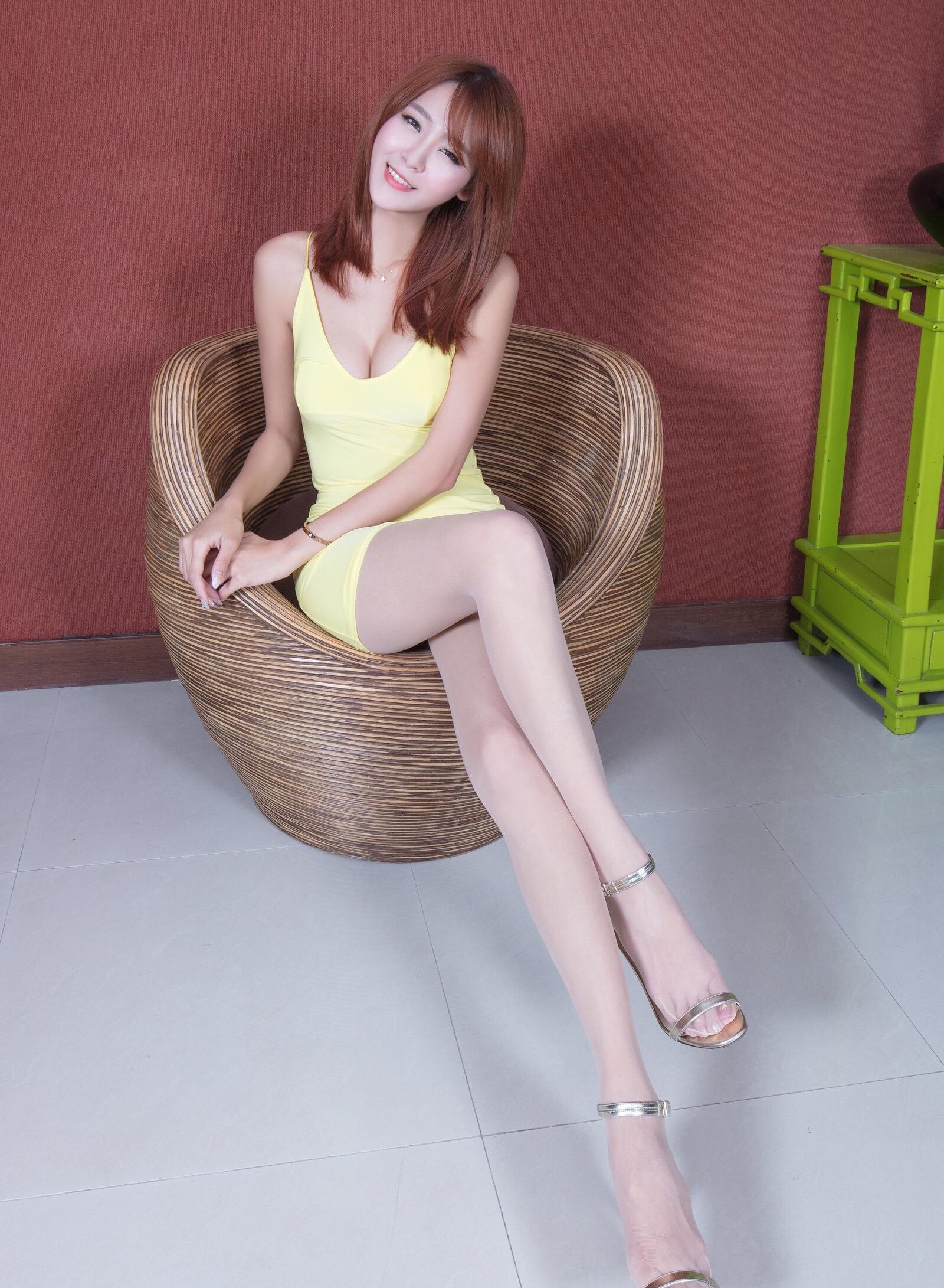 winnie(台湾腿模丝袜美腿) 15