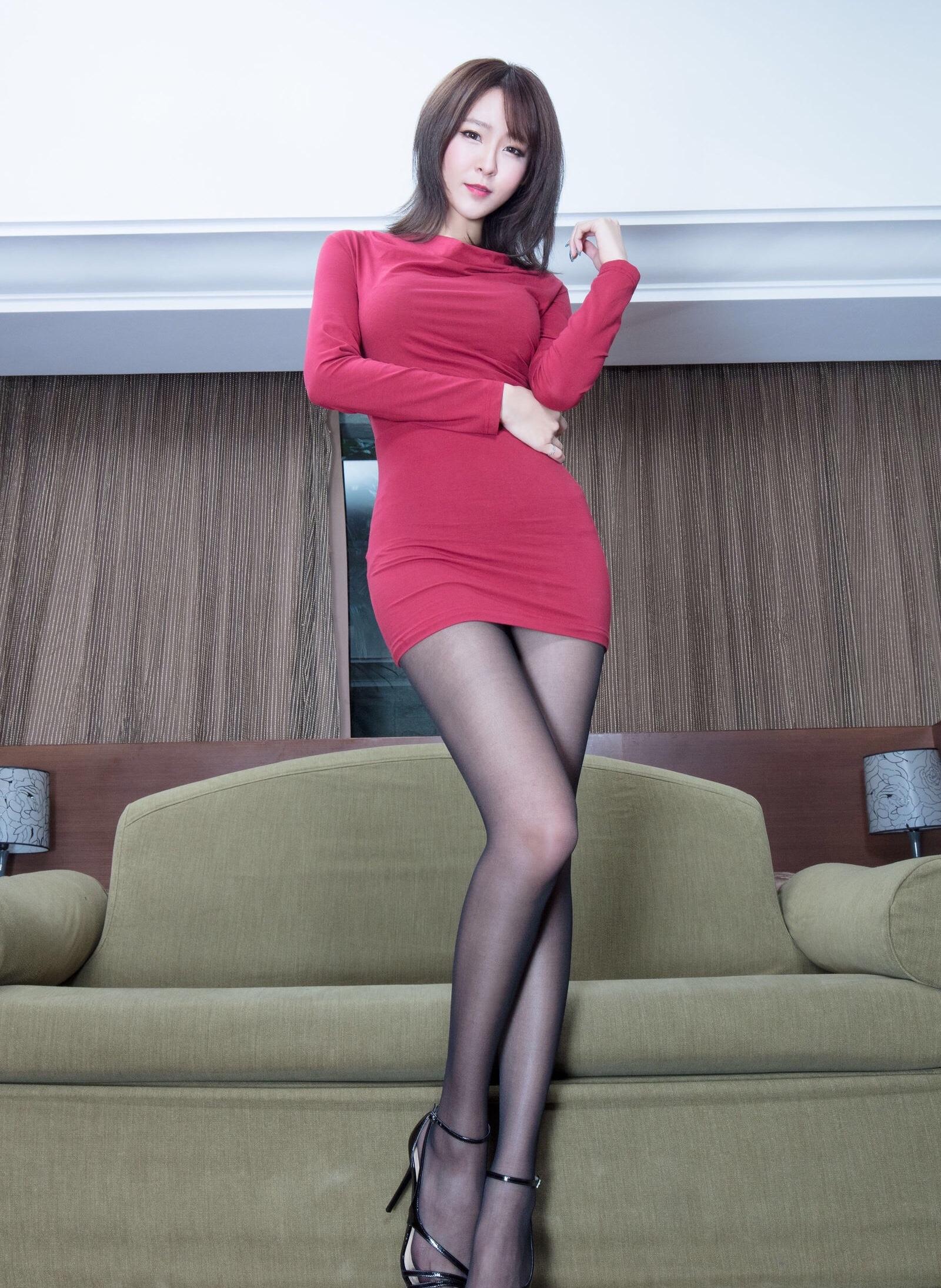 Winnie小雪(黑丝美腿)