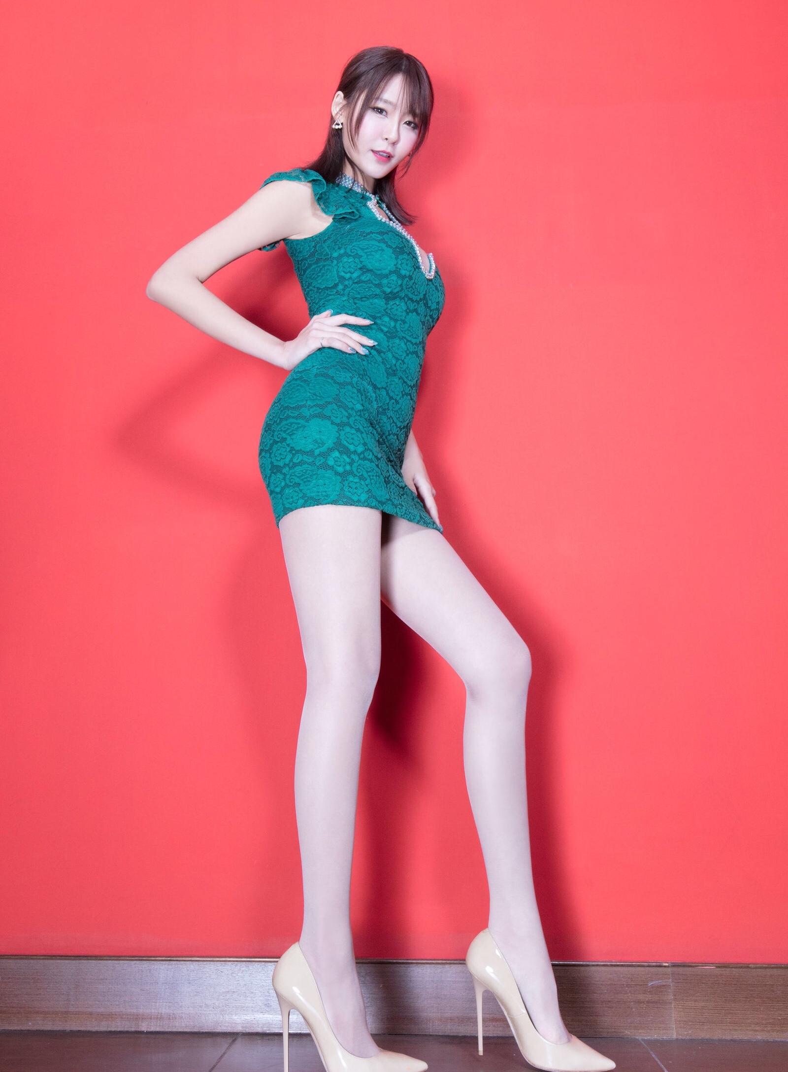 Winnie小雪(旗袍美腿) 4
