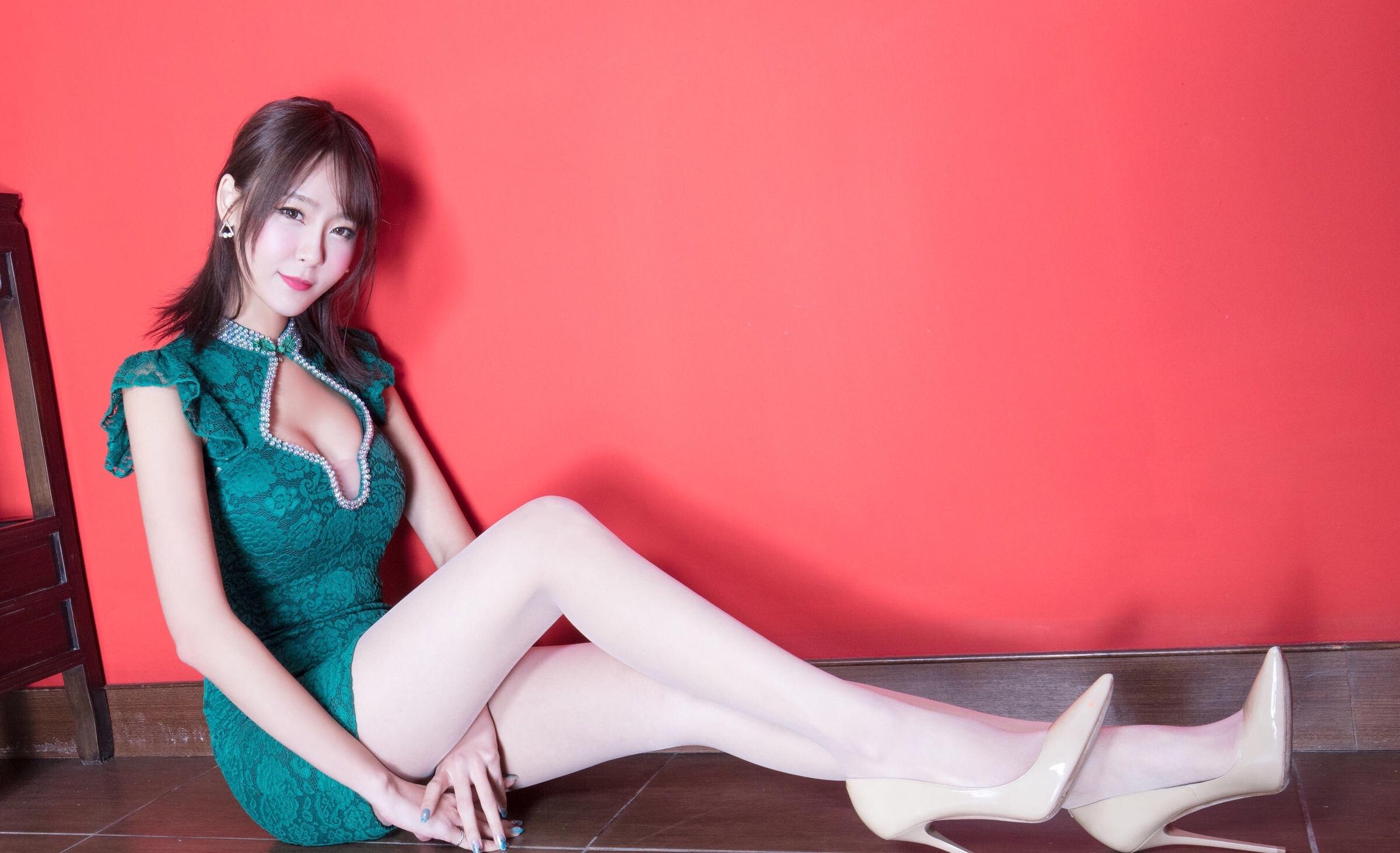 Winnie小雪(旗袍美腿) 18
