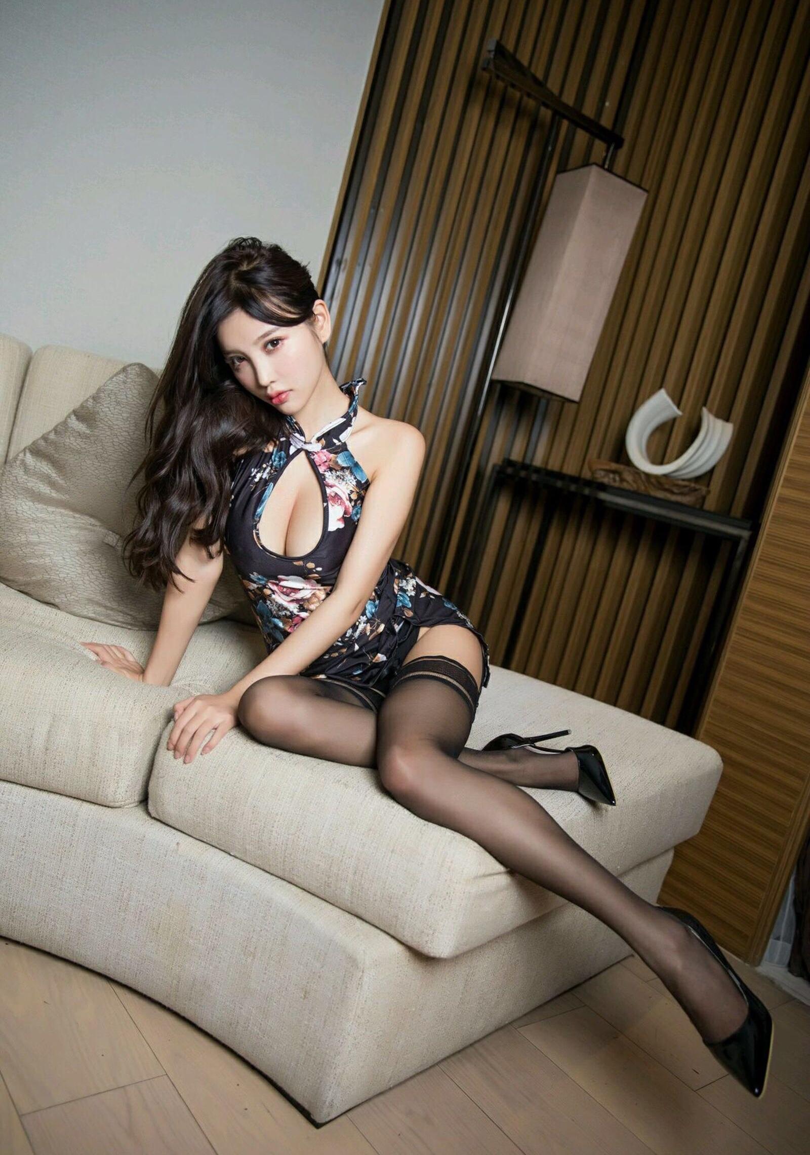ガーターストッキングがエロい台湾美女sugar 2