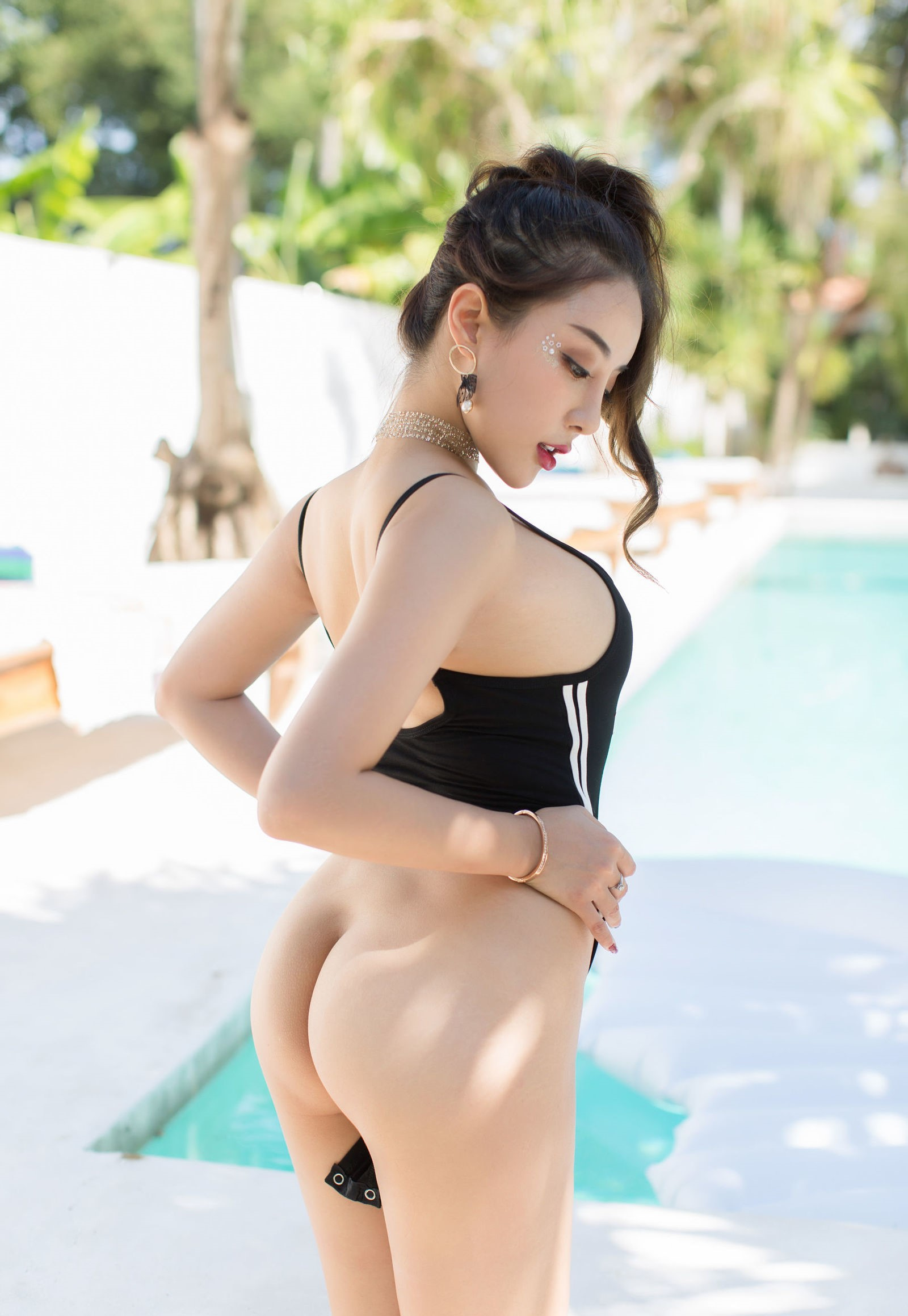 luxury asian babe wearing swim suite 16