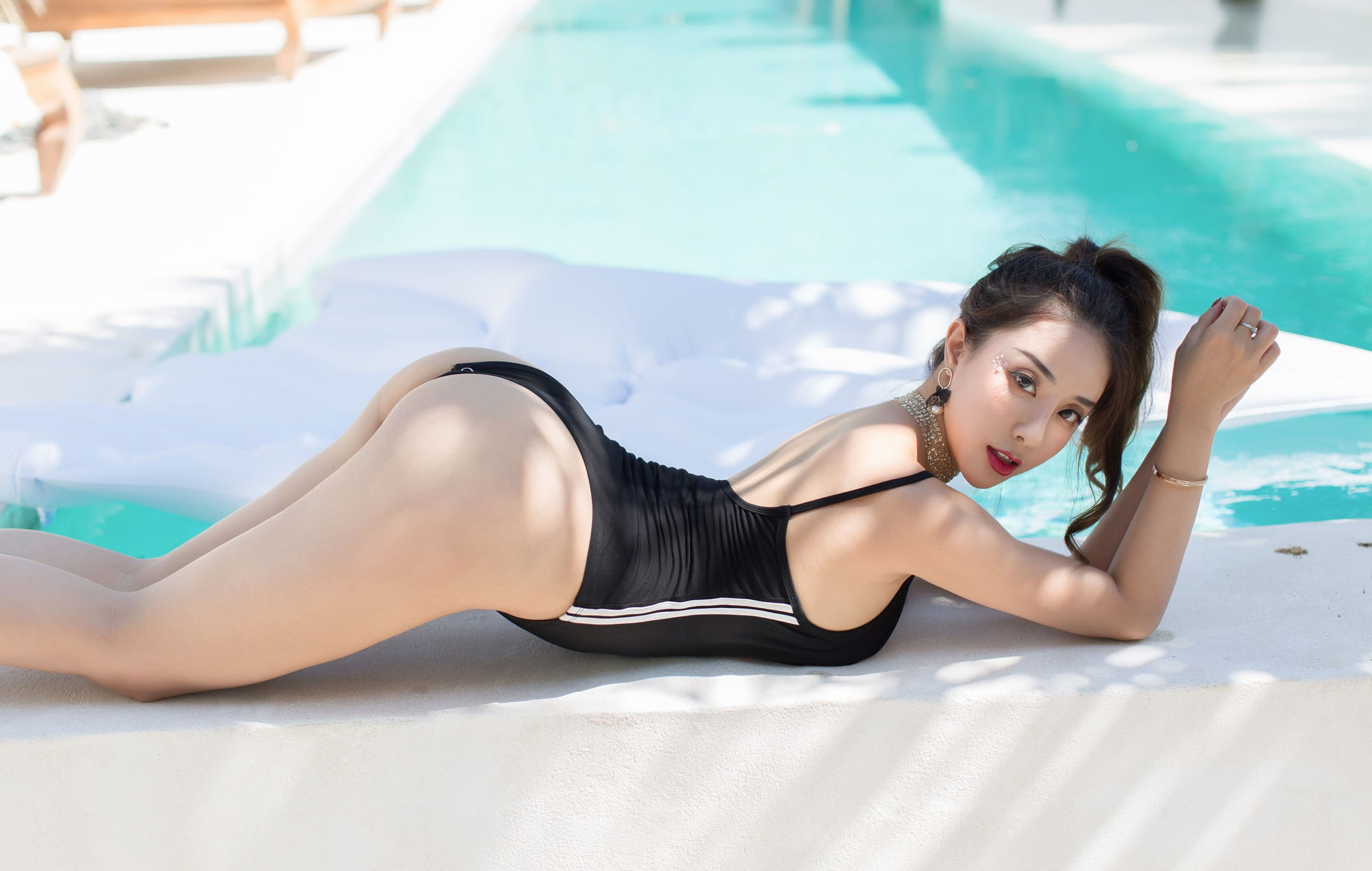 luxury asian babe wearing swim suite 6