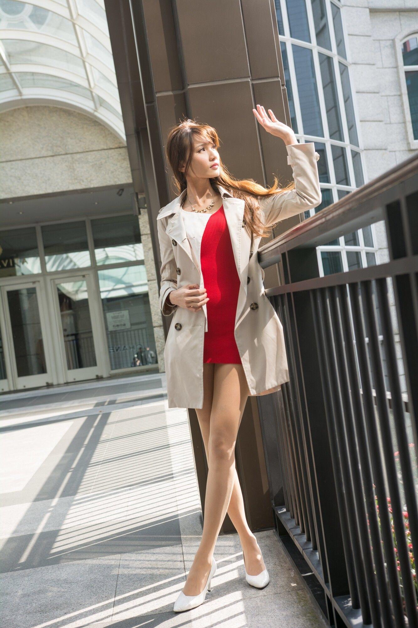 台湾美女Candiceの生足美脚 11