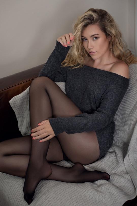 エロい下着の外国人美女 14