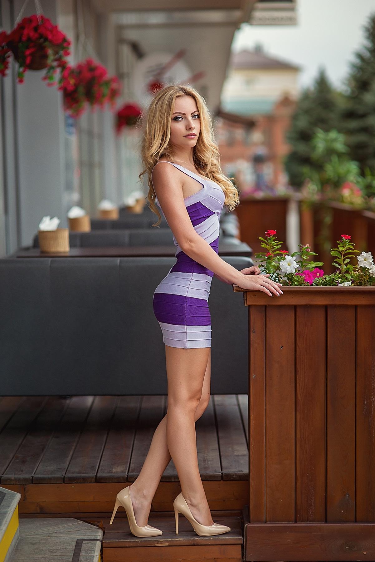 エロい下着の外国人美女 23