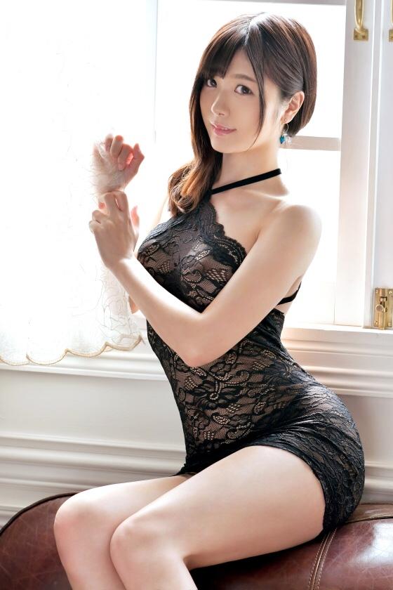 ラグジュTV女優外資系企業勤務の黒崎麻里奈 2