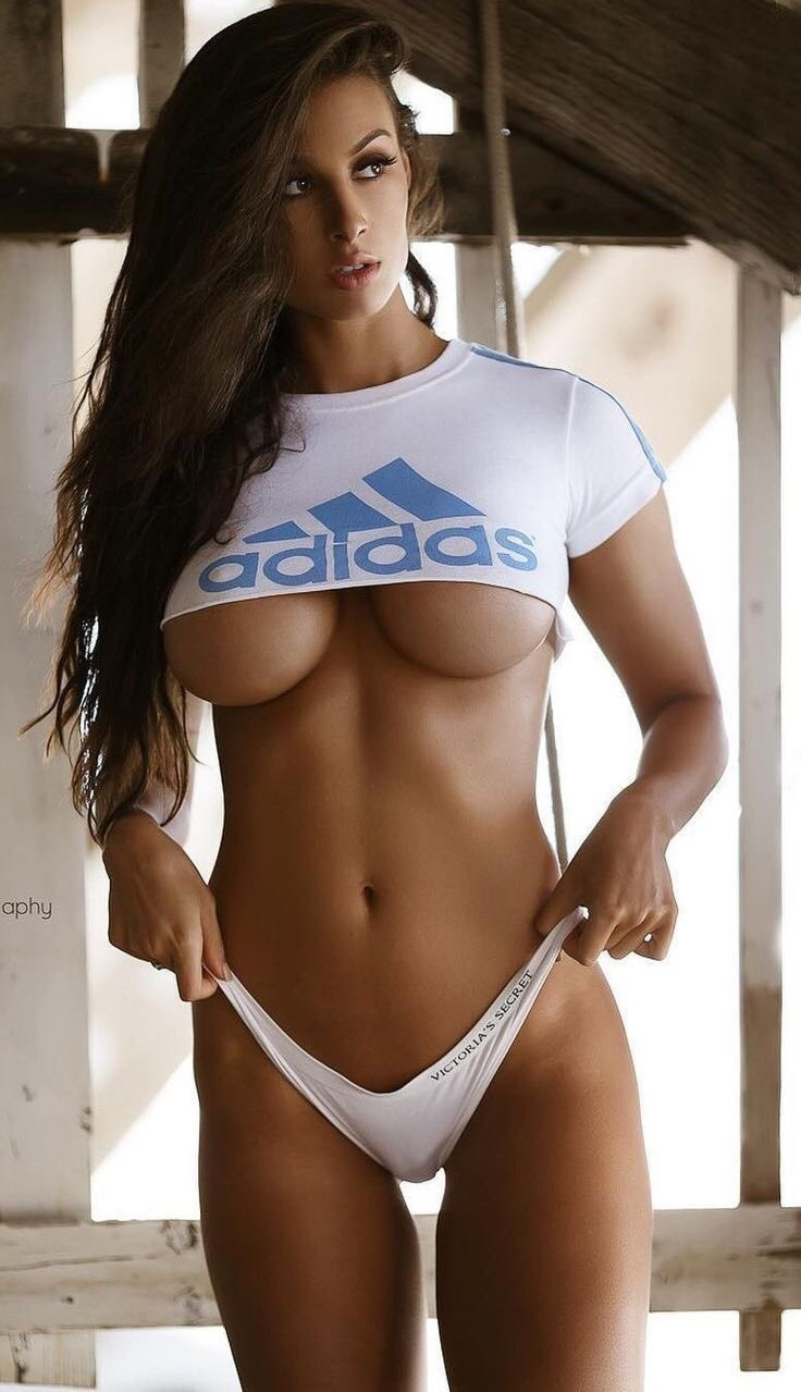 hot babe wearing sports wear
