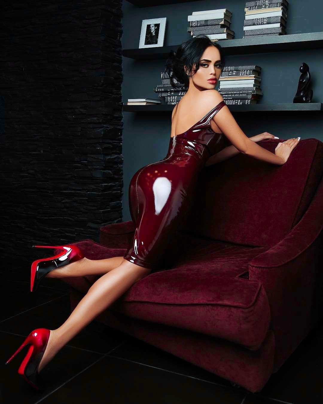 hot babe wearing latex body conscious