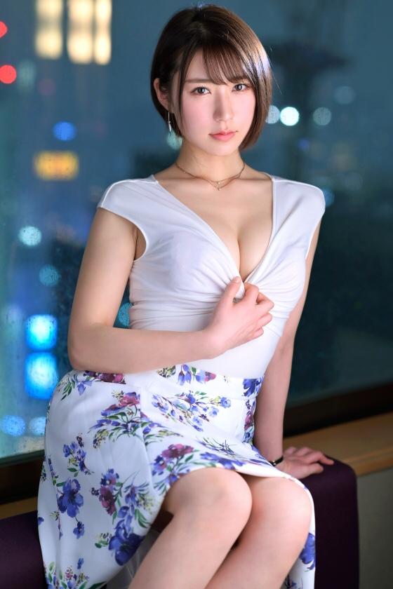 ラグジュTV1105出演の井吉涼香