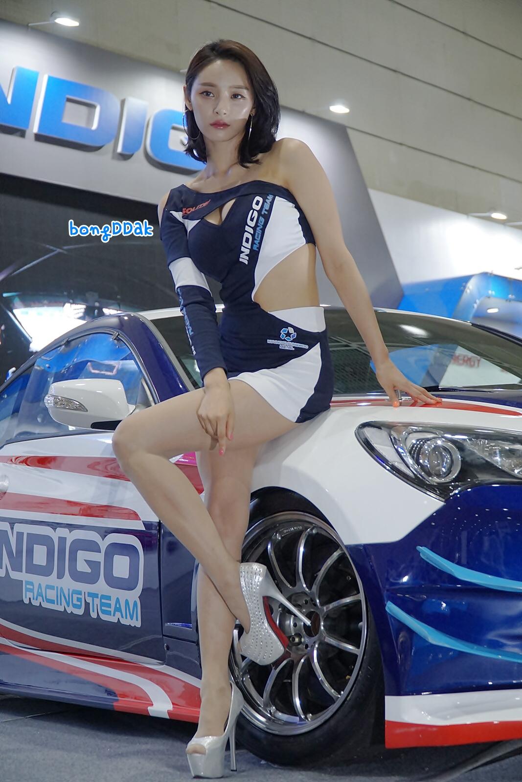 racing model seo yeon 16
