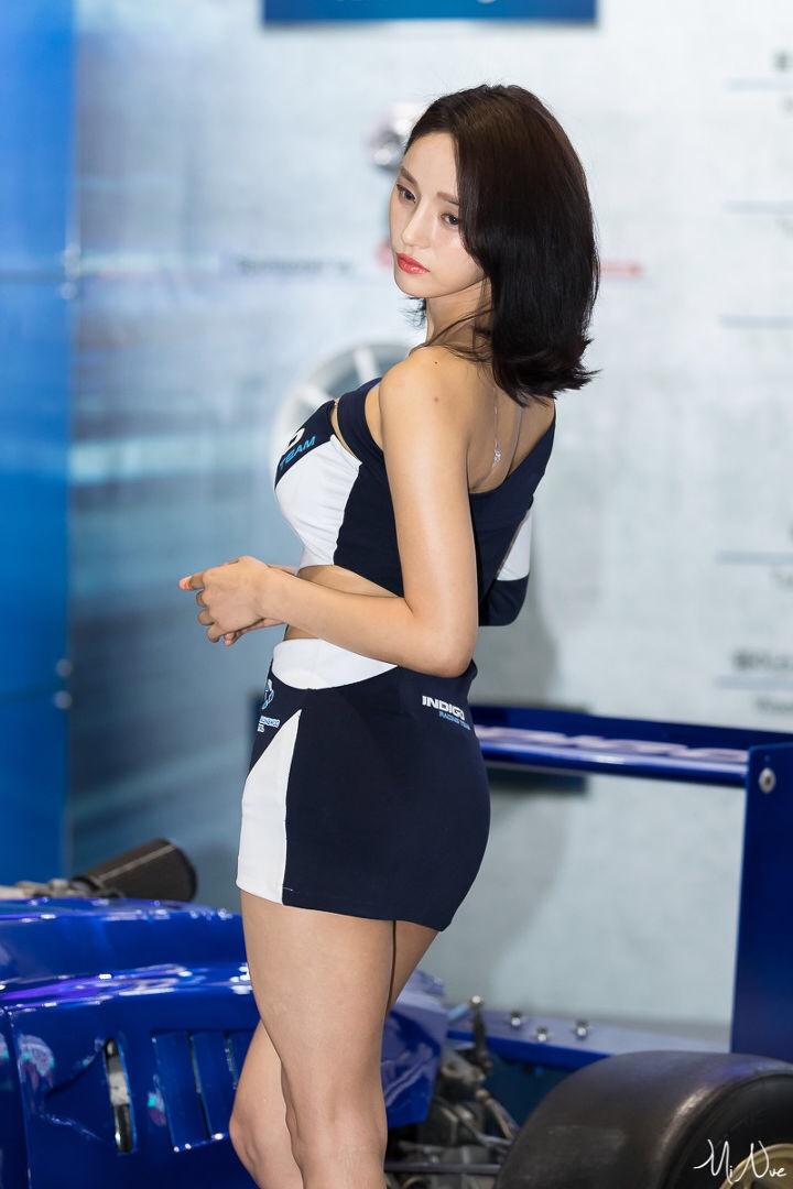 korean racing model seo yeon 7