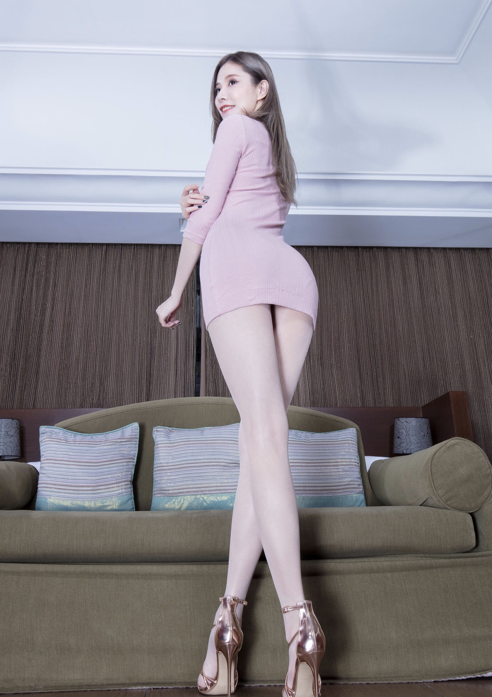 abby's beauty legs-2020 7