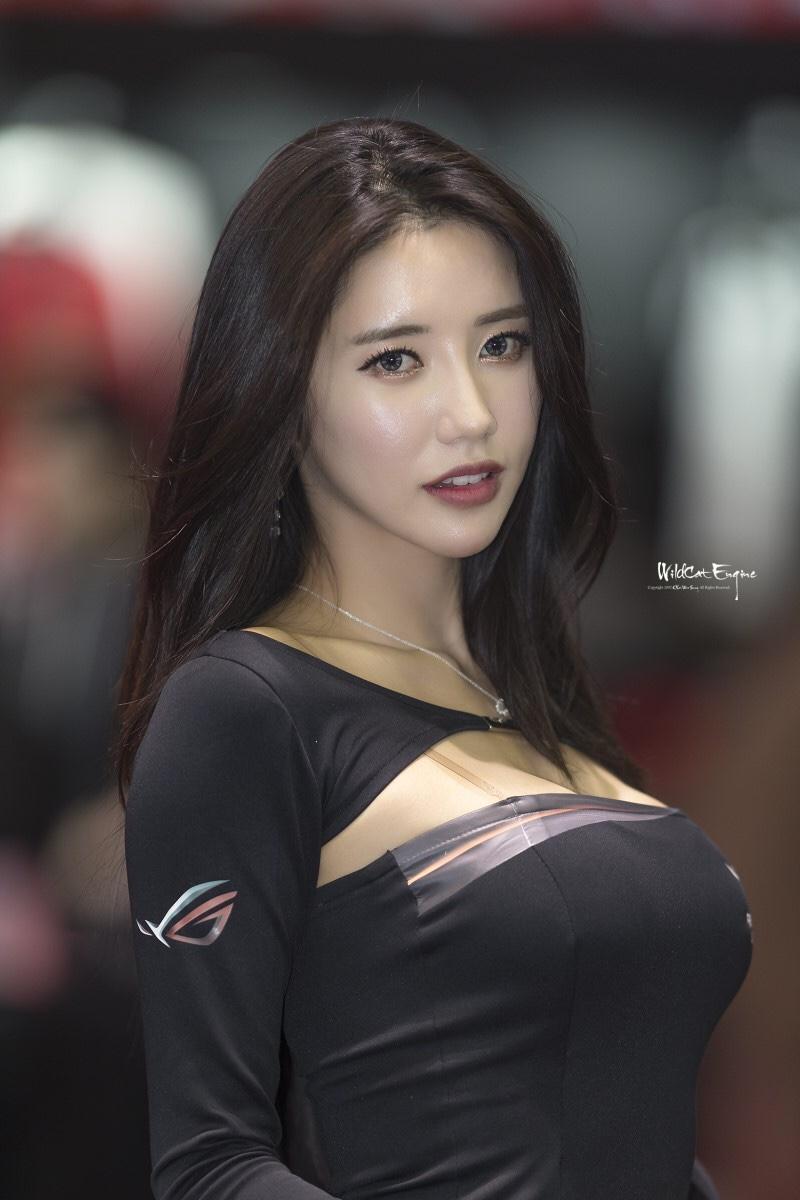 韓国のレースクイーンIm sola 10
