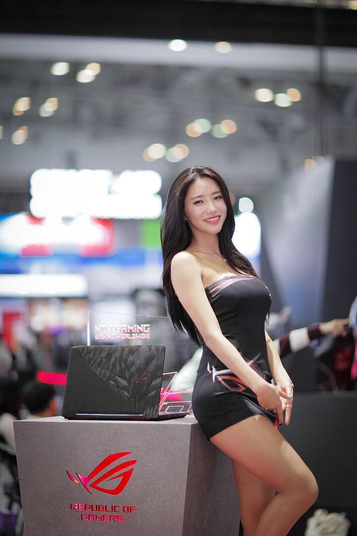 韓国のレースクイーンIm sola 16
