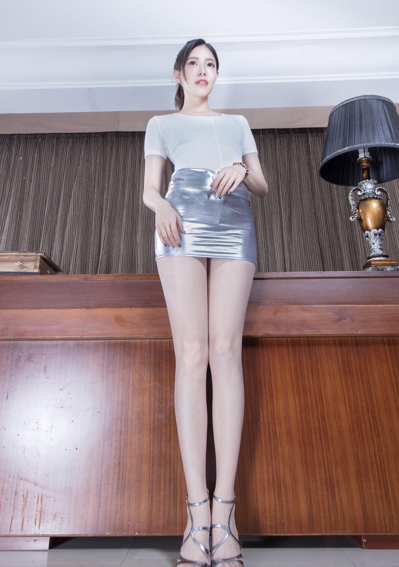 BEAUTYLEG Abbyのムチムチ美脚