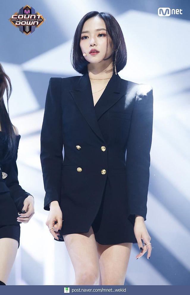 k-popアイドルclcのyeeun 2
