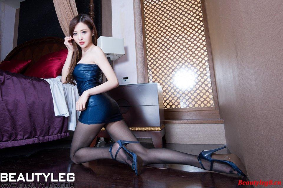 BEAUTYLEG Lucyのセクシーパンスト美脚 13