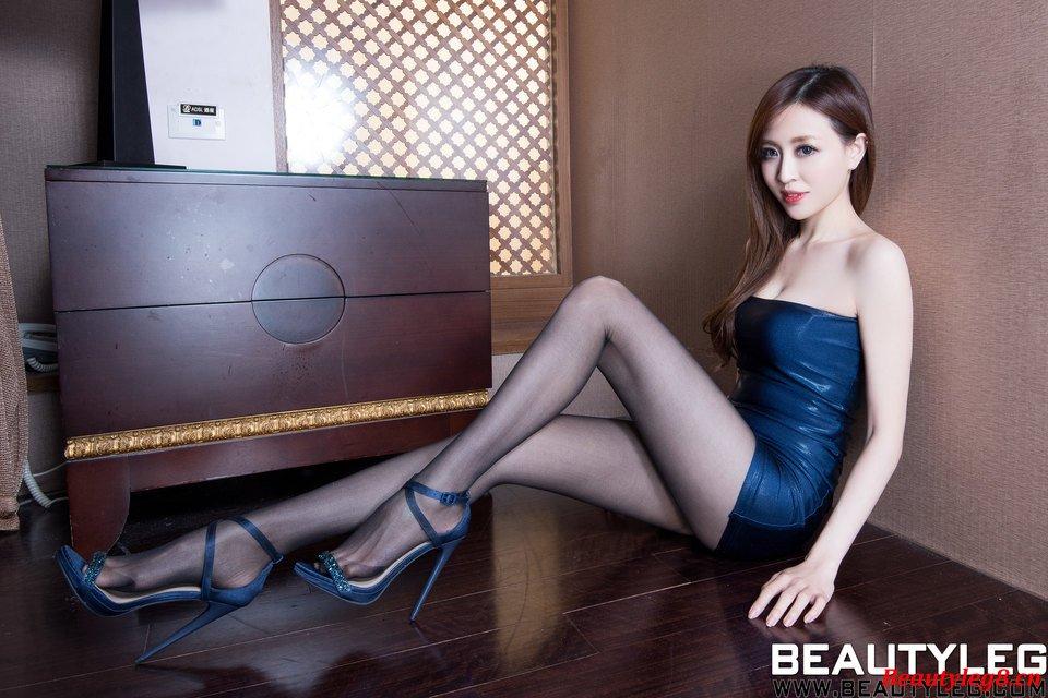 BEAUTYLEG Lucyのセクシーパンスト美脚 10