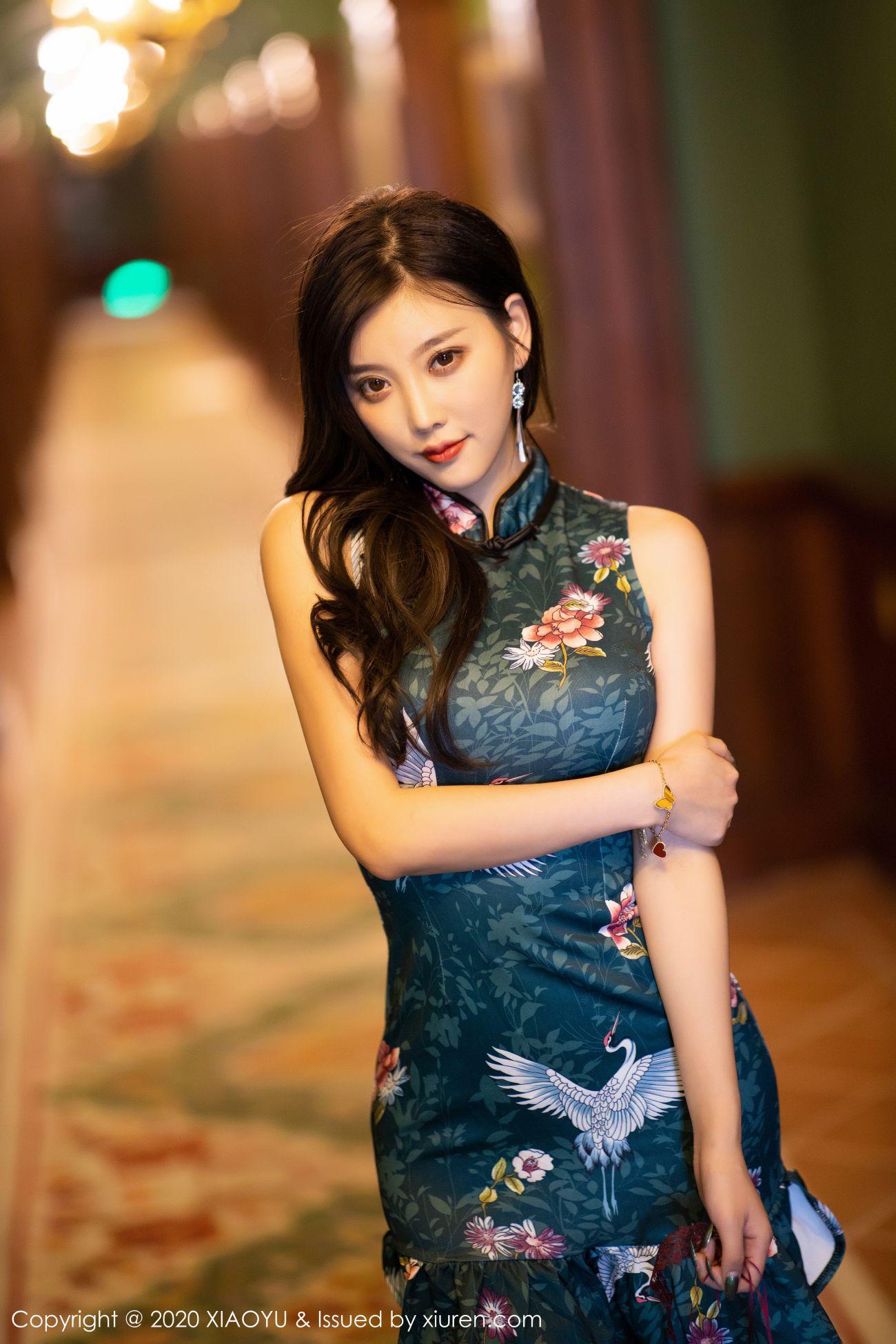 杨晨晨sugar - 古典旗袍+黑丝高跟 13