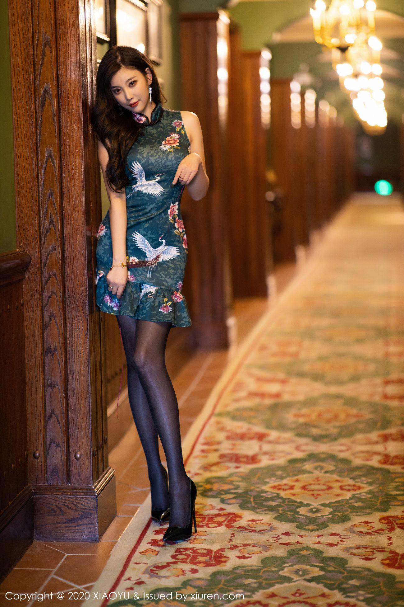 杨晨晨sugar - 古典旗袍+黑丝高跟 9