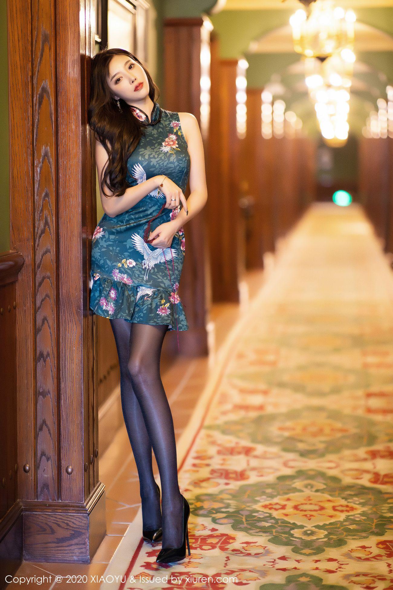 杨晨晨sugar - 古典旗袍+黑丝高跟 4