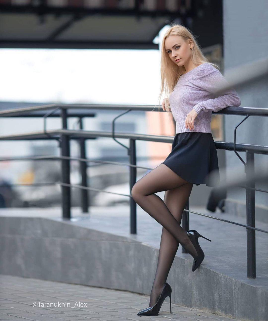 evgenia_taranukhina's_sexy_feets_on_instagram_22